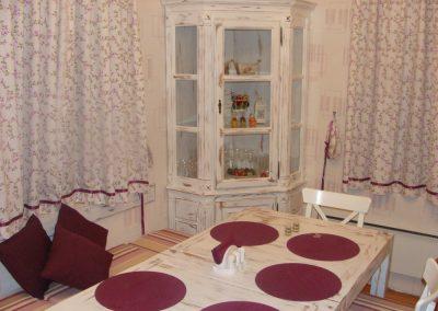 Cabinets (15)