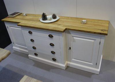 Cabinets (22)